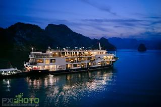 Mon Cheri Cruise - Sunset