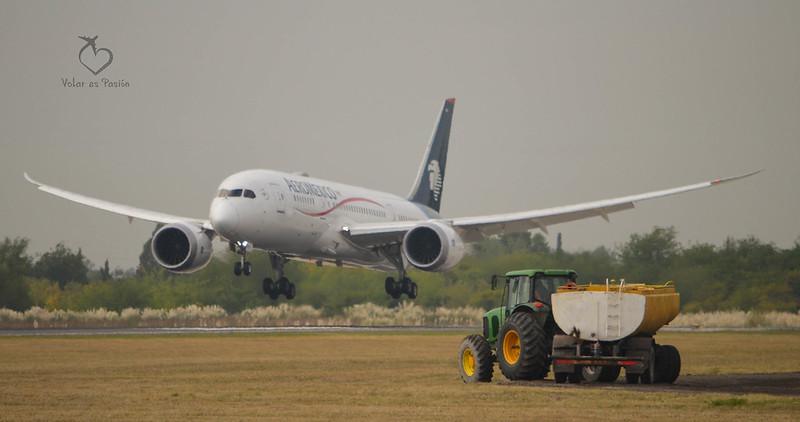 Aeromexico B787-8