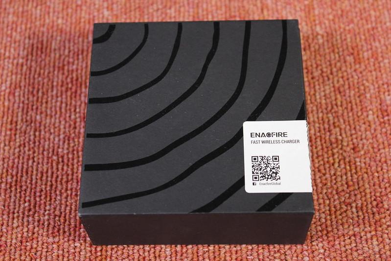 EnafFire Qi充電器 開封レビュー (1)