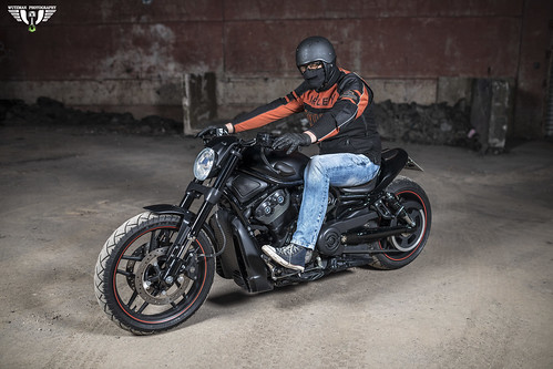 Harley Davidson night shooting