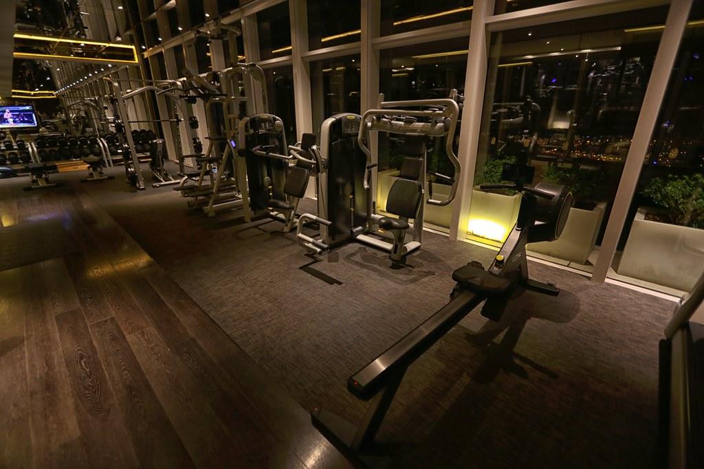Ritz-Carlton Hong Kong Pool and Gym 10