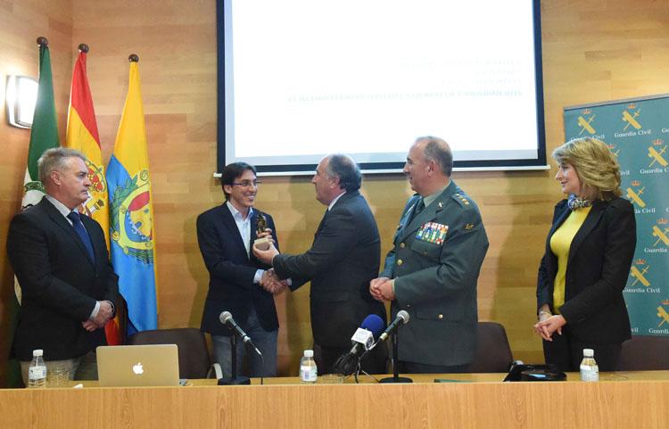 CONFERENCIA DEL ARQUITECTO DANIEL PINZÓN EL CUARTEL DEL CUERPO DE CARABINEROS7