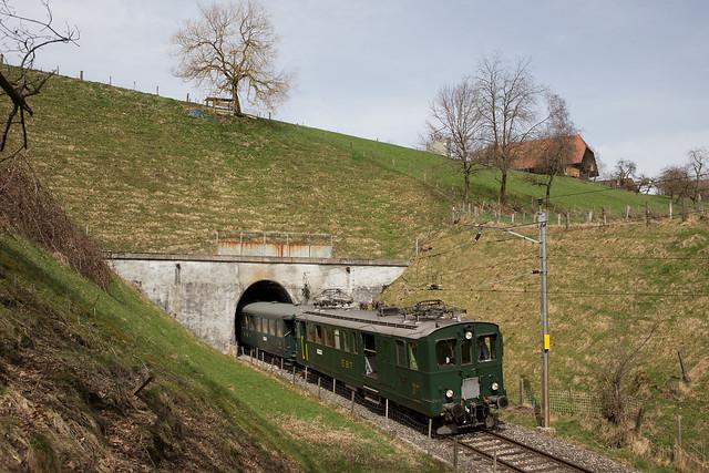 VHE BDe 2/4 unterwegs auf der Emmentalbahn bei Sumiswald