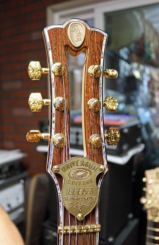 Universum Guitars - z Elena Renaissance (3)