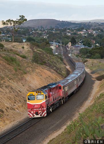 n454 victorian victoria vr vline locomotive train diesel bacchus marsh melton rail railway railways pass