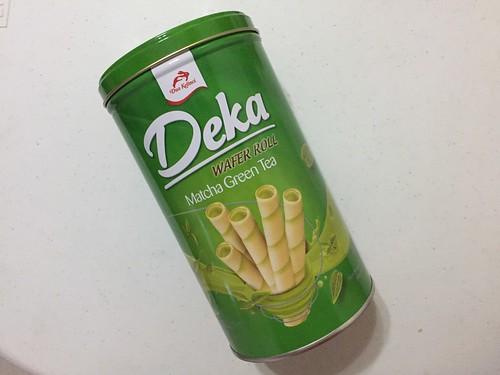 Deka matcha wafer rolls