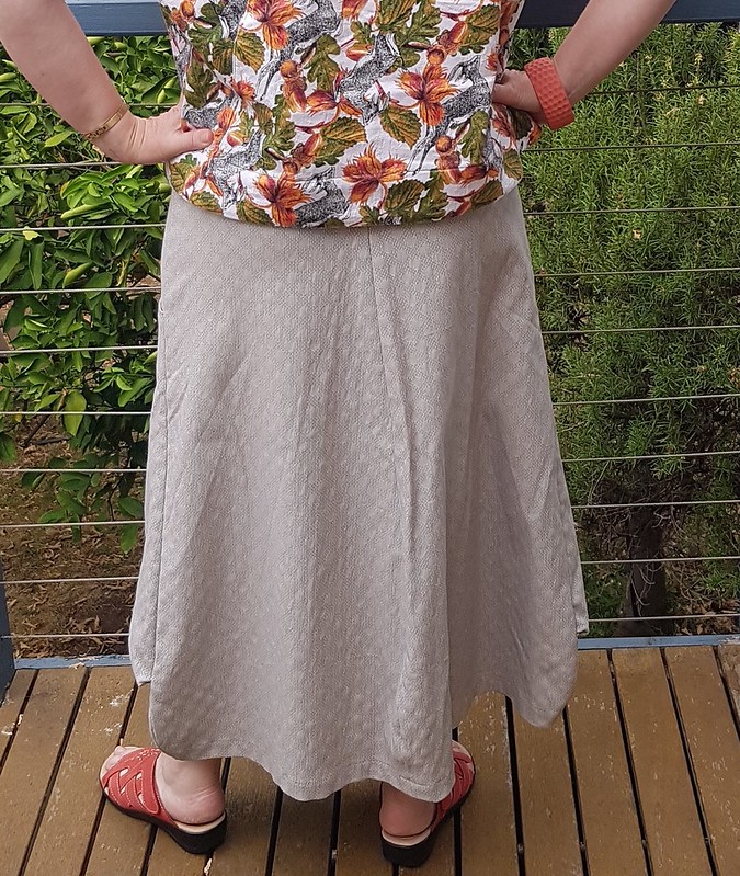 Vogue 8499 skirt in stretch bengaline