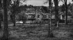 Farmhouse nearby the castle of Walzin.
