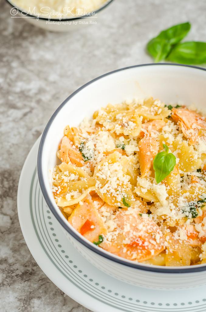 bowl of farfalle pasta