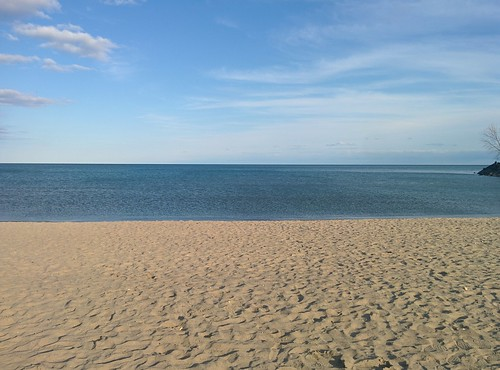 At Woodbine (2) #toronto #beaches #woodbinebeach #lakeontario #spring #latergram