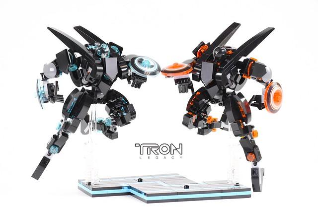 LEGO Ideas TRON Warfighter Mechas
