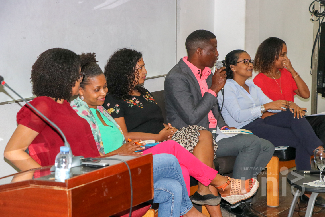 Uni-CV celebra Dia Mundial das Jovens Mulheres nas TIC
