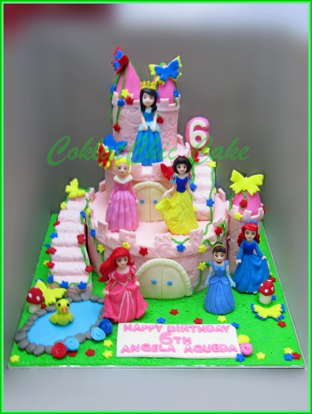 Cake Disney Princess Castle ANGELA AQUEDA 18 cm dan 12 cm