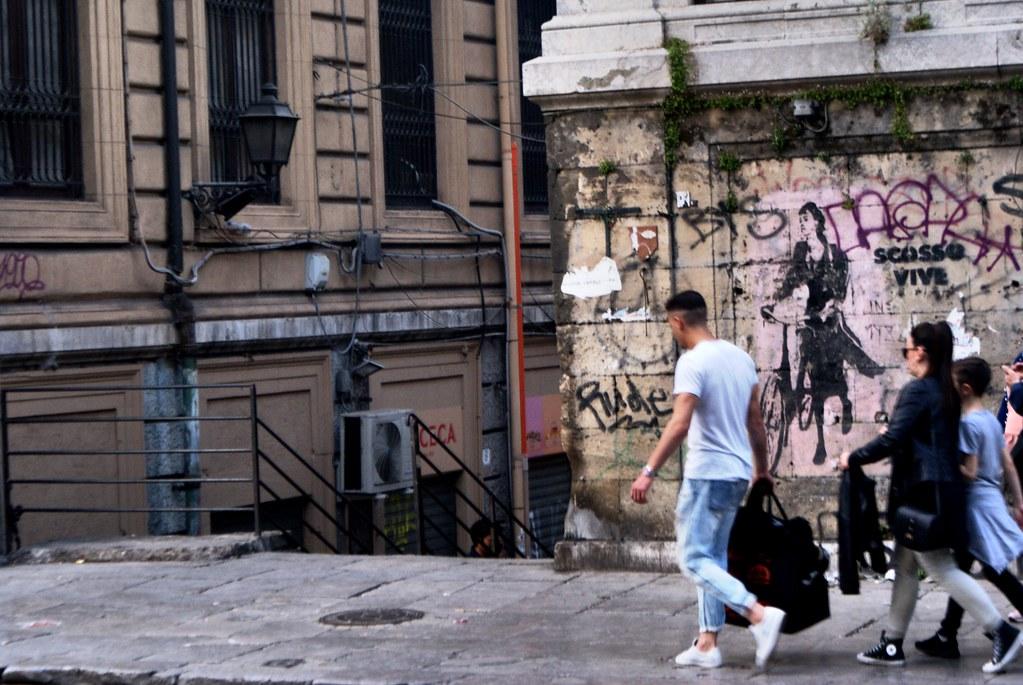 Street Art à Palerme près du marché de la Vucciria et de la Piazza Caracciolo.