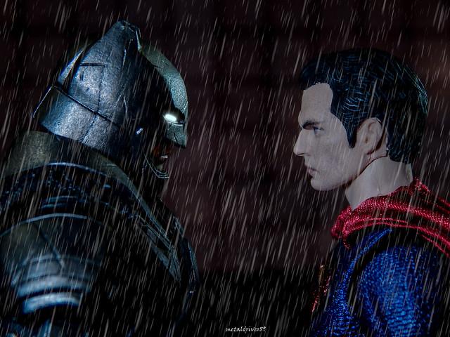Batman v Superman Mafex