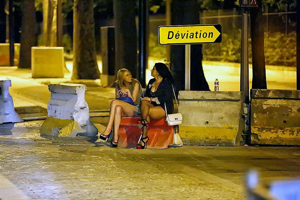 Ищу рaбa проститутку