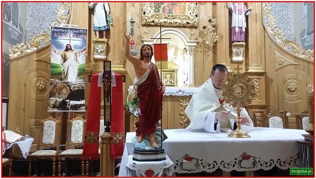 Niedziela Zmartwychwstania Pańskiego w Parafii Strażów