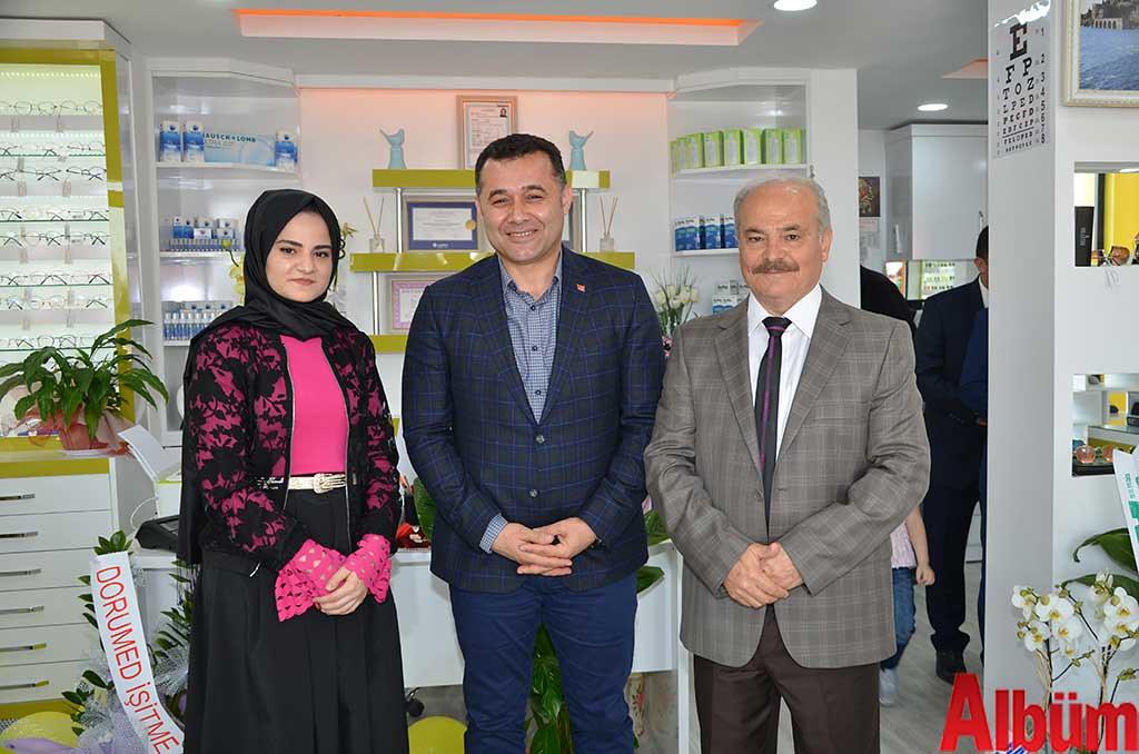 Nefise Paşaalioğlu, Alanya Beleidye Başkanı Adem Murat Yücel, Ahmet Paşaalioğlu