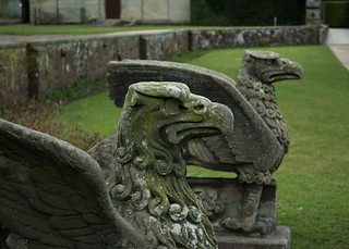 20180322-09_Coombe Abbey Country Park - Griffins or Eagles Stone Statues