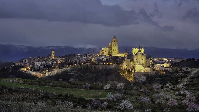 Hora azul en Segovia. Castilla León