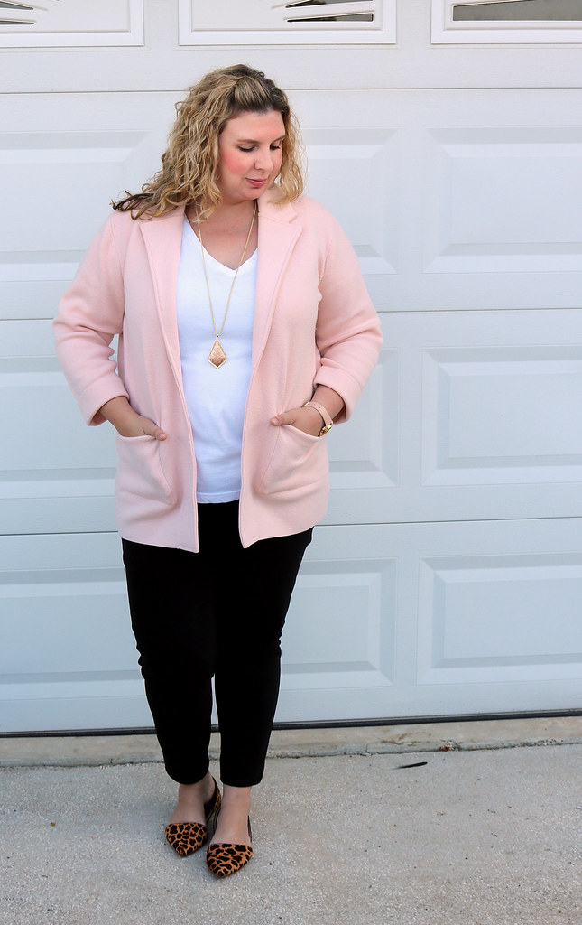 blush sweater cardigan, white tee, black pencil pants, leopard flats 4