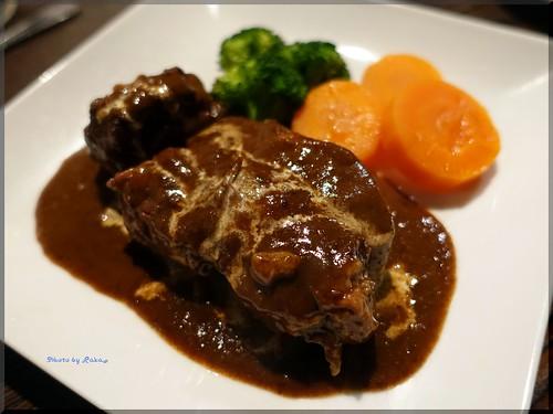 Photo:2018-05-04_T@ka.の食べ飲み歩きメモ(ブログ版)_歌舞伎町の肉バルで肉と赤を楽しむ!【新宿】GESYOKU_03 By:logtaka