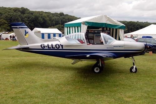 G-LLOY Alpi Aviation Pioneer 300 (PFA 330A-14568) Popham 030808