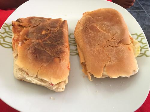 29 - Pantella - Brot mit Käse-Schinken-Füllung