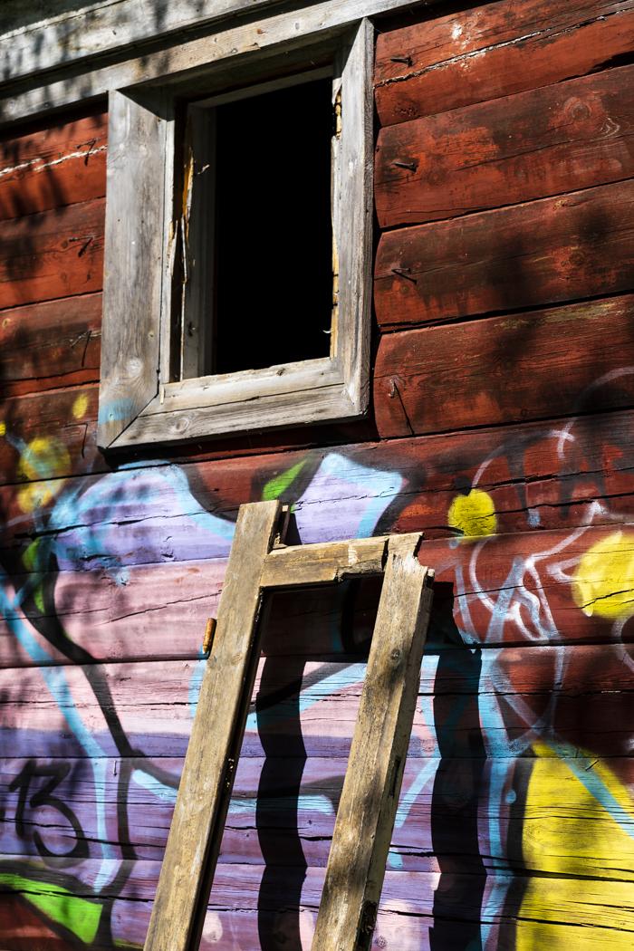 Kruunuvuori huvila autiotalo ue urban exploring seinä