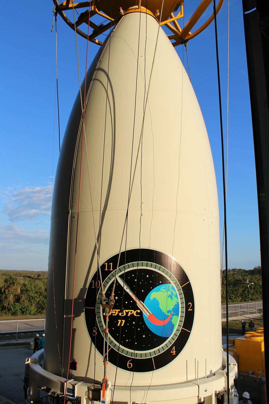 Payload Mate: Atlas V AFSPC-11