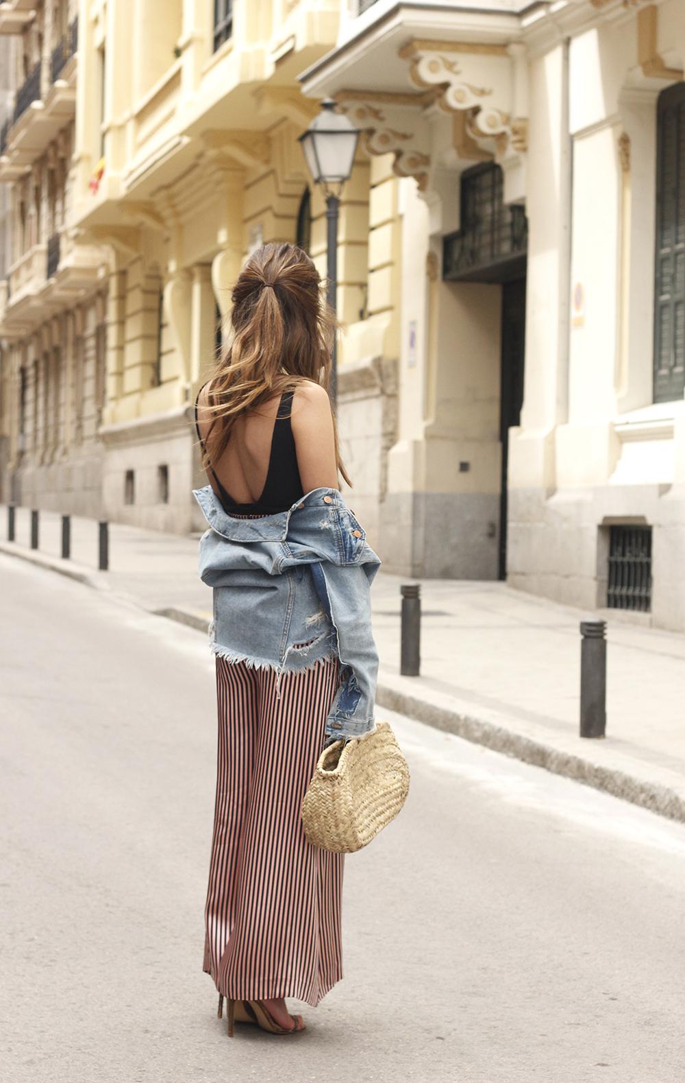 striped palazzo trousers uterqüe zara bodysuit denim jacket spring outfit 201807