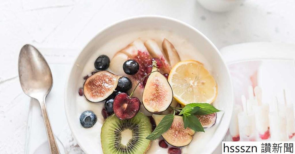 3743-yogurt_fruit_breakfast_1200x628-facebook_1200_628