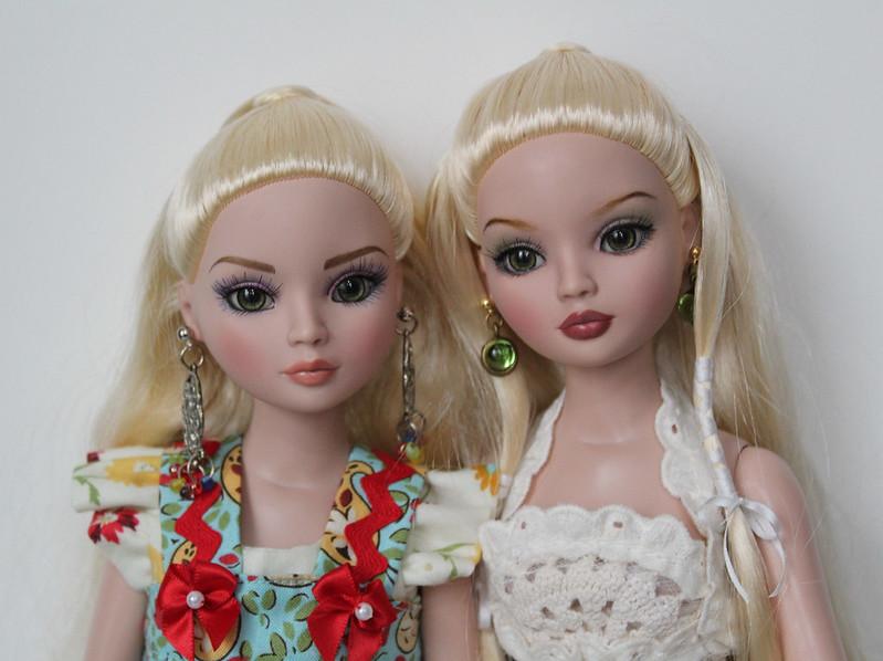 Twins, Nikki & Darla (3)