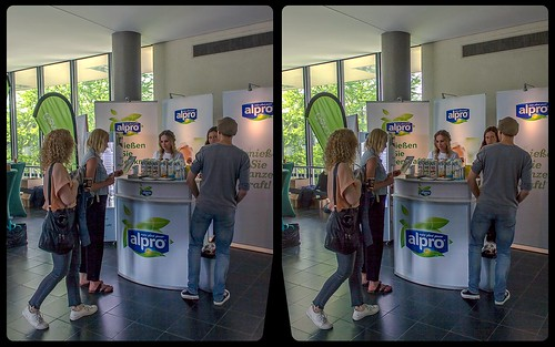 Alpro @ Vegmed 2018 3-D / CrossView / Stereoscopy / HDRaw