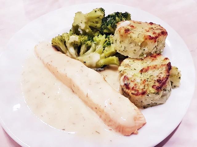 Salmon Fillet, Broccoli Potato Cakes, Broccoli, Lemon Dill Sauce