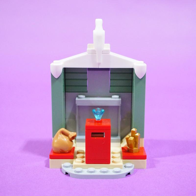 Vault Back-Closed
