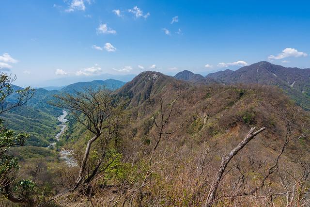 檜洞丸・臼ヶ岳と熊木沢
