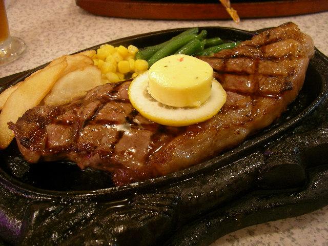 Newyork steak @ Steak house 88 (Naha, Okinawa)