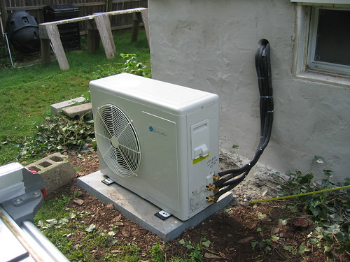ac unit outside