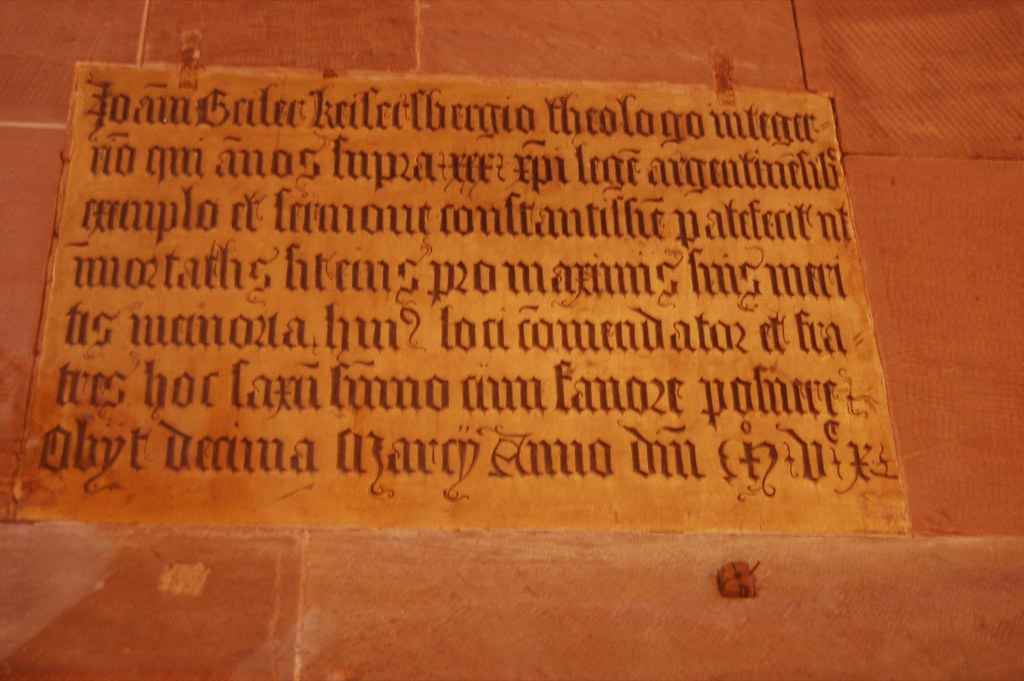 Stone-Carved Lettering in Strasbrourg Cathedral 9.jpg