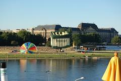 'Freiberger' Bierkasten-Ballon über Dresden