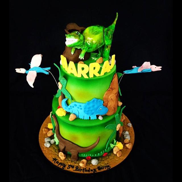 Cake by Jessicakes