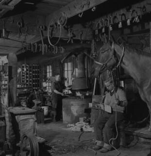 Harper Rennick's workshop, Shawville, Quebec / Atelier de Harper Rennick, Shawville (Québec)