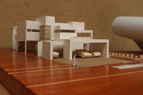 """Se realiza presentación y exposición de """"Maquetas de Residencias"""" por alumnos de la Facultad de Arquitectura, Diseño y Urbanismo."""