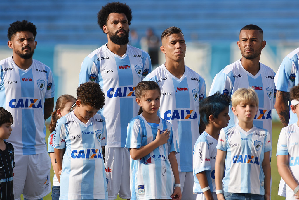 TorcedorMirim_Londrina_14-04-2018_Foto_GustavoOliveira_03