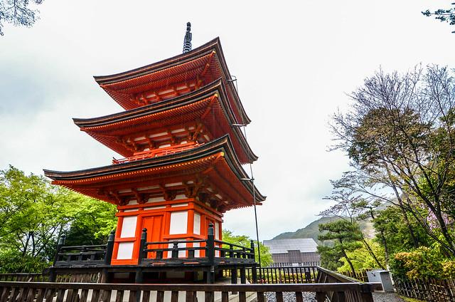 Pagoda main hall background Kiyomizu-dera