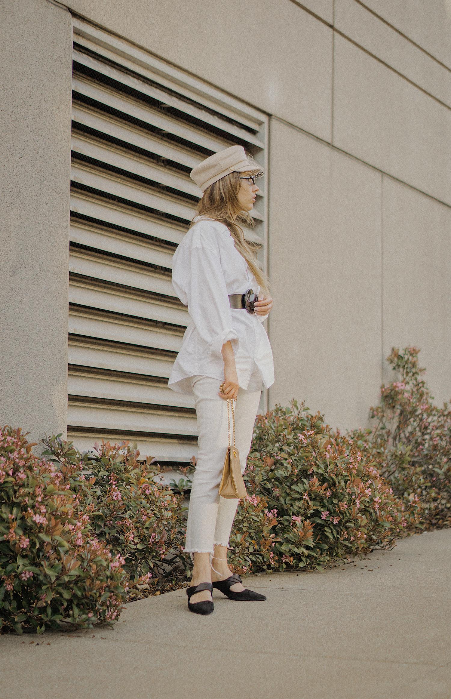 white_jeans_white_oversized_belted_man_cotton_shirt_vintage_bag_kitten_heel_cap_lenajuice_thewhiteocean_03