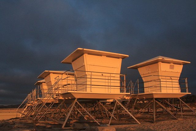 Lifeguard Stations Sunset, Canon EOS 70D, Canon EF-S 18-55mm f/3.5-5.6 IS