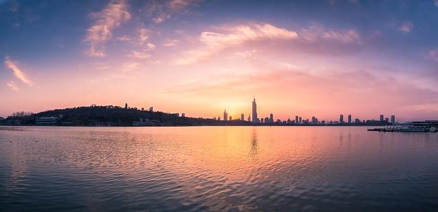 Panorama of  Xuanwu Lake at Sunset in Winter