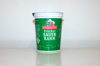 07 - Zutat Sauerrahm / Ingredient sour cream